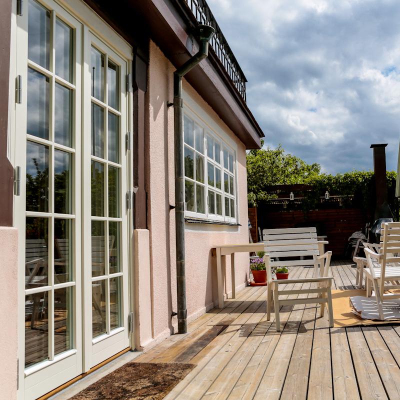 Färdig monterad parfönsterdörr från Ekstrands
