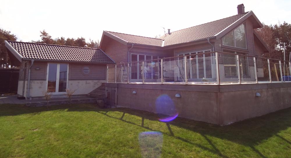 Ekstrands trä/alu fönster på villa