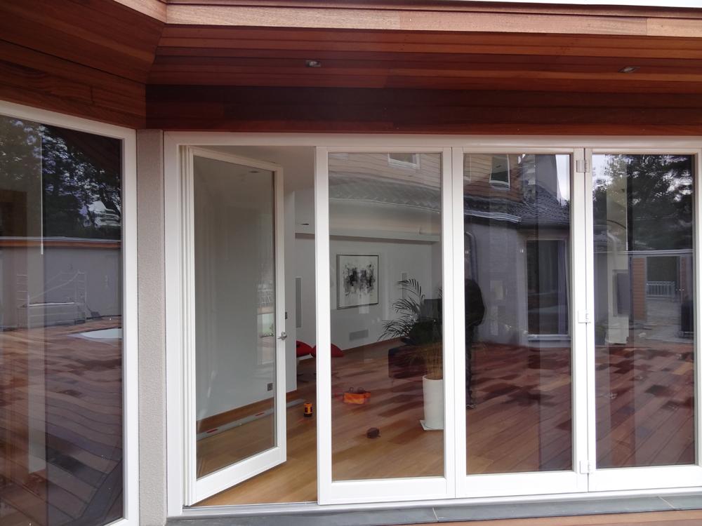 Ekstrands vikfönster 4-luft trä/alu öppet