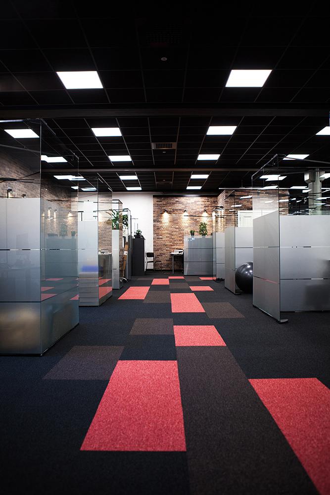 Vy ned en gång i vårt nya kontorslandskap.